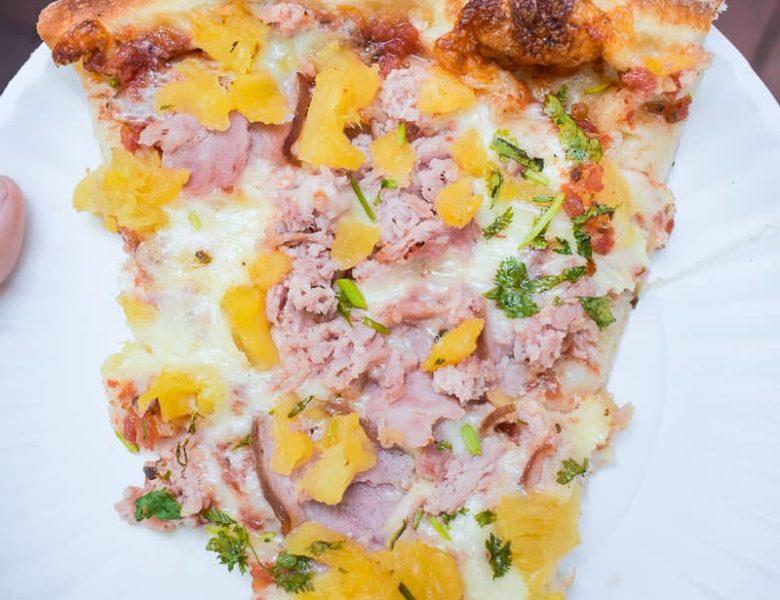 Comparaison de la sauce à pizza : La sauce à gratter et la sauce préparée